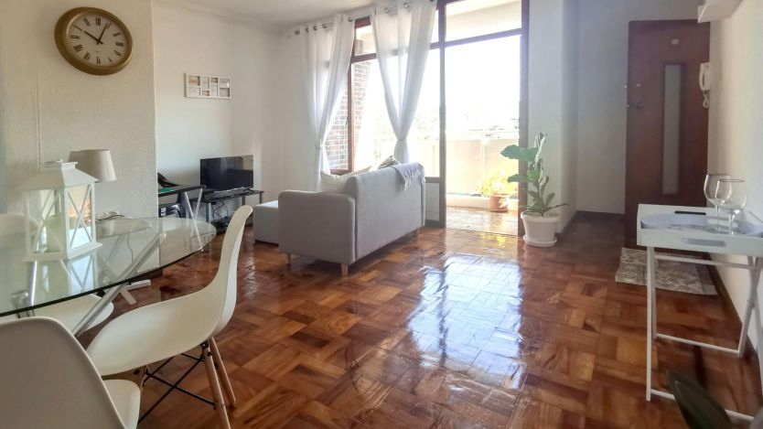 2 Bedroom apartment for sale in Claremont, Cape Town