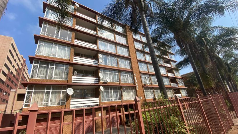 1 Bedroom flat for sale in Arcadia, Pretoria