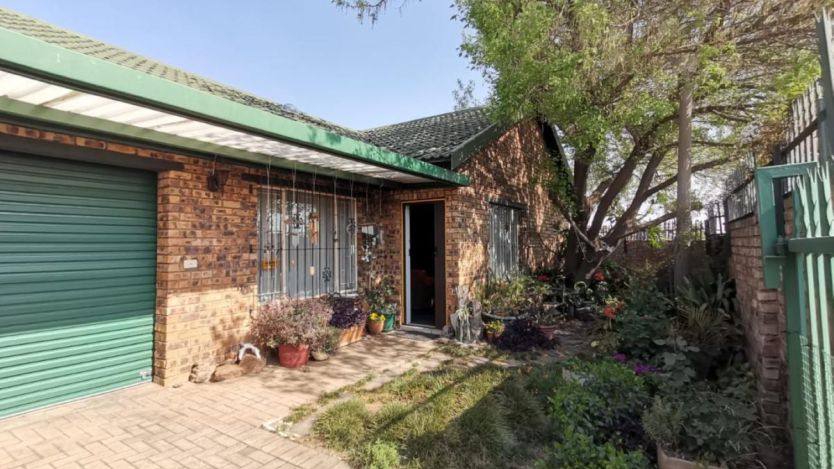 3 Bedroom house for sale in Reyno Ridge, Witbank