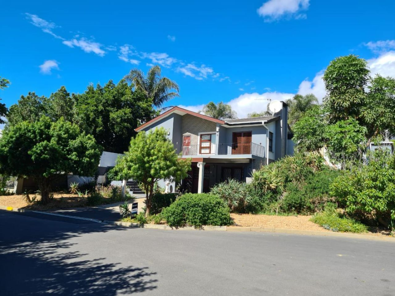 20 Bedroom house for sale in Paarl Central