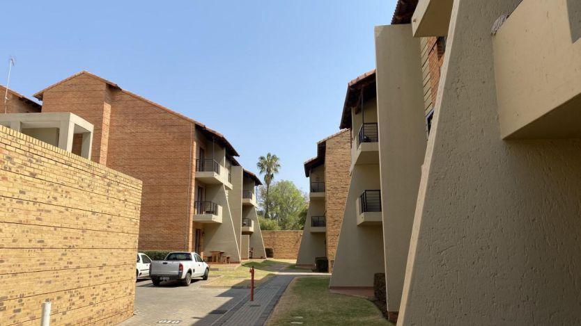 3 Bedroom flat for sale in Hatfield, Pretoria