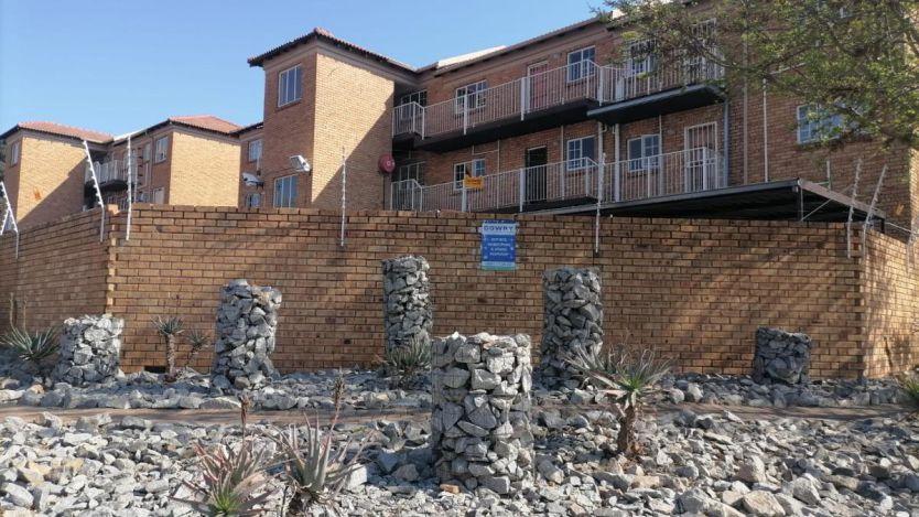 1 Bedroom apartment for sale in Kenmare, Krugersdorp