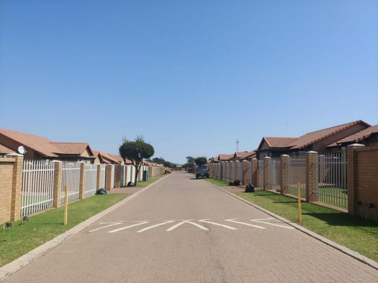 3 Bedroom house for sale in Tasbet Park Ext 1 Witbank