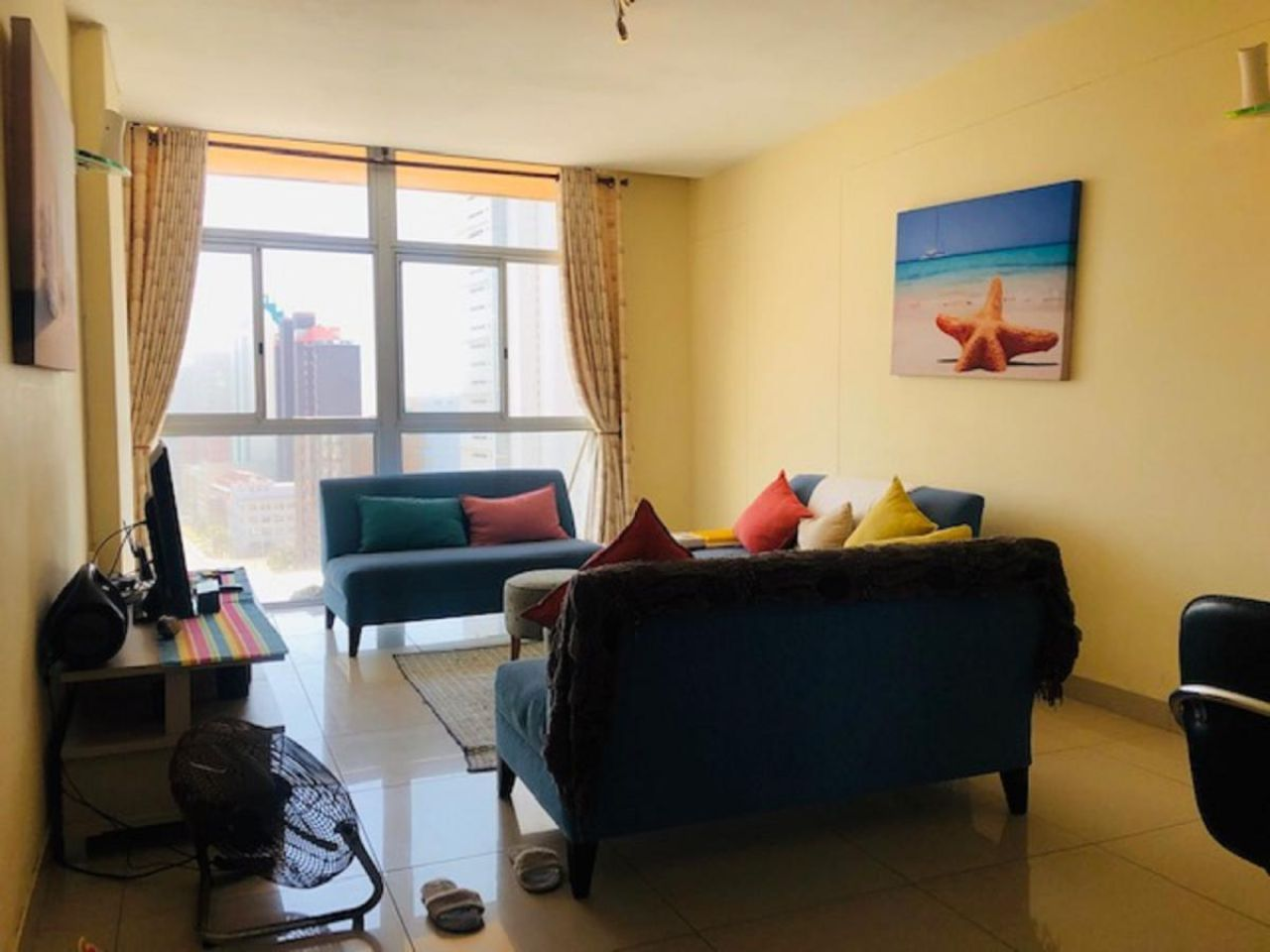 2 Bedroom apartment to rent in North Beach, Durban