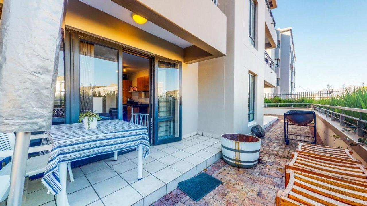 2 Bedroom apartment for sale in La Colline, Stellenbosch