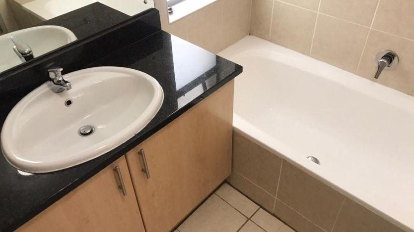 1 Bedroom apartment to rent in De Waterkant, Cape Town