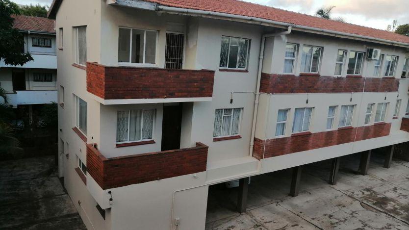 1 Bedroom apartment to rent in Essenwood, Durban