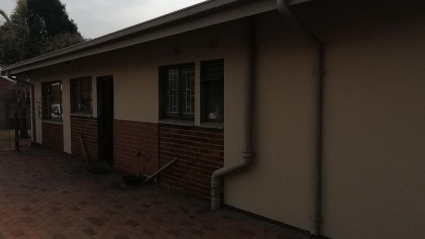 3 Bedroom house for sale in Carletonville Central